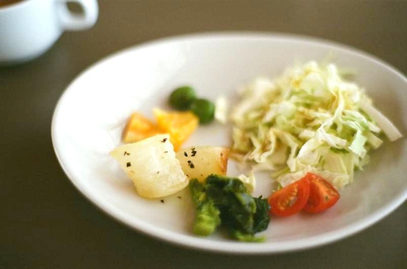 島の野菜を使ったサラダ。旨味が濃くて美味しいです