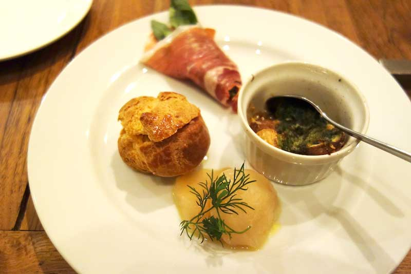 神保町の「bistro feve (ビストロフェーヴ)」で旬の食材を使った丁寧な料理を堪能